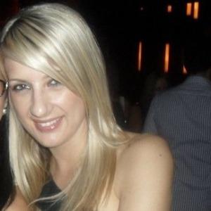 Gloria, 24 jaar
